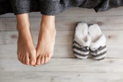 foot-care-tips-for-winter-700x467